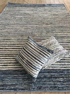 Sustainable blue carpet 250 x rug 8 x Denim scandinavian design, Upcycled textiles, Reversible, durable rag rug, Loom Weaving, Hand Weaving, Upcycled Textiles, Blue Carpet, Rug Runners, Weaving Patterns, Scandinavian Design, Woven Rug, Decoration