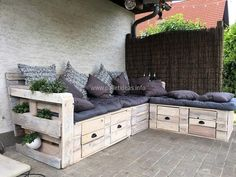 pallets outdoor couch idea