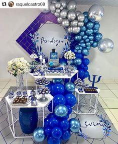 A imagem pode conter: área interna Balloon Garland, Balloon Decorations, Birthday Decorations, Balloons, Wonder Woman Birthday, Birthday Woman, Fathers Day Gift Basket, Bar Mitzvah Party, Balloon Arrangements