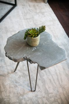 concrete end table live edge wood slice table concrete table end table minimalist table wood slice table tree slice tree stump table - Concrete Table, Concrete Wood, Wood Table, A Table, Live Edge Tisch, Live Edge Table, Live Edge Wood, Tree Slices, Wood Slices