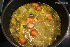 Ľahká polievka z čínskej kapusty - recept | Varecha.sk Ale, Curry, Soup, Ethnic Recipes, Curries, Ale Beer, Soups, Ales, Beer