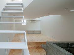Zwevende trap • wit • modern design # livios.be