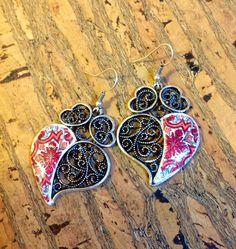 Par de aros con bonita réplica de azulejo por LasJoyitasDeMarie, $16.00
