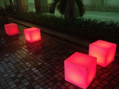 Guess what this random lighted coloured cubes are for! This was found near the city hall MRT while I was on my journey to the night festival! These lighted cubes obviously had some use for it, they are meant for people to sit on. Creativity at its best.