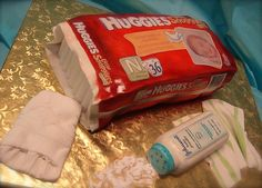 Diapers & baby powder CAKE ART