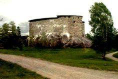 Oletko koskaan miettinyt millaista olisi matkustaa keskiaikaiseen Suomeen? Viisiosainen Matka Itämaahan -sarja tarjoaa tähän mahdollisuuden.