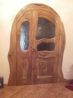 Rustic Doors, Wooden Doors, Log Wall, Shed Doors, Cool Doors, Door Knockers, Fine Woodworking, Wood Carving, Home Deco