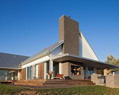 Houzz Tour: Traditional Meets Modern in a Missouri Farmhouse - Houzz.com