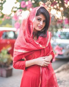 Cute Girl Image, Cute Girl Photo, Beautiful Girl Image, Girl Photo Poses, Girl Photography Poses, Indian Photography, Fashion Photography, Stylish Girls Photos, Stylish Girl Pic