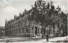 Anno 1935 - Het PTT-Hoofdkantoor aan de Schevichavenstraat.