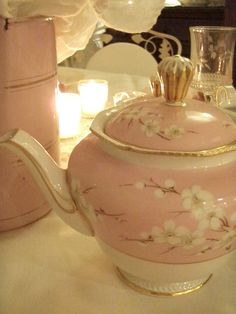 http://getcottage.blogspot.com/2012/11/fairy-tale-pink-tea-party.html