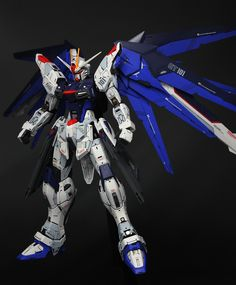 GUNDAM GUY: MG 1/100 Freedom Gundam Ver. 2.0 - Customized Build