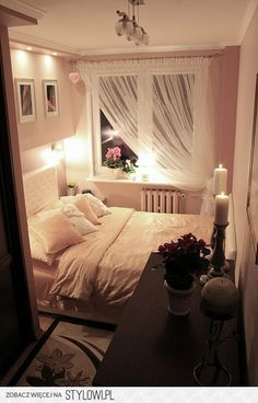 bedroom - Home decor - Small Apartment Bedrooms, Small Room Bedroom, Small Rooms, Master Bedroom, Bedroom Decor, Dream Rooms, Dream Bedroom, Tiny Bedroom Design, Bedroom Styles