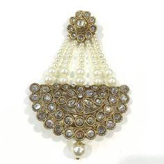 Jhumar, Head Jewelry, India Jewelry, Stylish Jewelry, Bridal Jewellery, Decorative Bells, Blouse Designs, Bling Bling, Pakistan