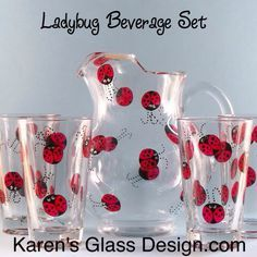 So many Ladybugs! Hand painted Ladybug Pitcher and Glasses Set. This is great for Summer entertaining! Ladybug Art, Ladybug Crafts, Ladybug Decor, Minnie Mouse Party, Mouse Parties, Mickey Mouse, Ladybug Jewelry, Frozen Birthday Party, 2nd Birthday