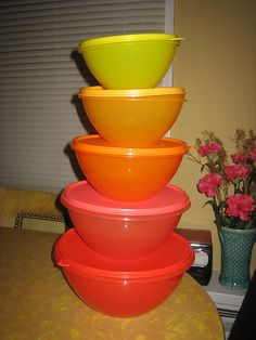 Ombre Tupperware
