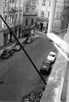 Two Volkswagen beetles and other old cars pictures in Lenaugasse, 1080 Vienna - dated Scenery Pictures, Car Pictures, Karl Schranz, Olympia, Austro Hungarian, Vienna Austria, Study Abroad, Vintage Pictures, Old Photos