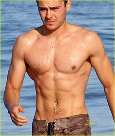 I never thought id say Zak Efron...but after seeing The Lucky One.....pheeeeeew!!!
