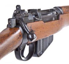 No.4 MkI action & magazine detail (with MkII battle sight)