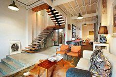 Impressive Warehouse Conversion in Melbourne, Preserving Inspiring Details