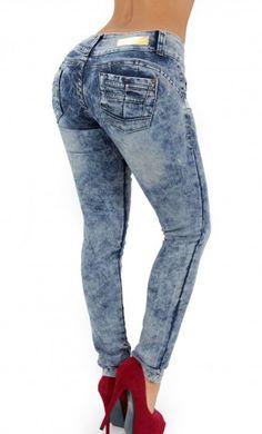 Acid Wash Skinny Jean #womenjeans #maripilyskinnyjeans #denimlovers