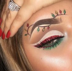Creative And Gorgeous Christmas Makeup Ideas For The Big Holiday; Christmas Makeup Looks; Holiday Makeup Looks; Makeup Goals, Makeup Inspo, Makeup Art, Makeup Tips, Makeup Ideas, Makeup Tutorials, Nail Ideas, Christmas Makeup Look, Holiday Makeup Looks