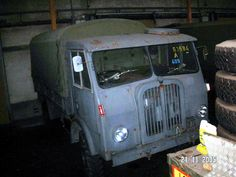 Dump Trucks, Old Trucks, Container Truck, New Flyer, Daimler Benz, Cab Over, Busses, Diesel Engine, Military Vehicles