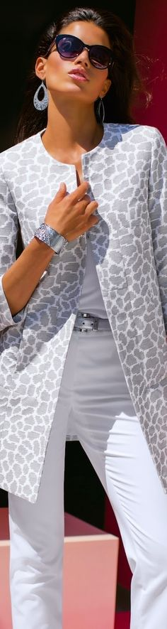 MADELEINE Gray Coat and White Trousers