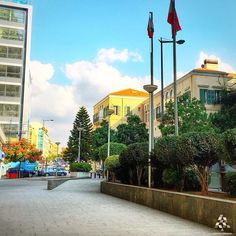 LEBANON, BEIRUT, BEAUTIFUL STREET SCENE