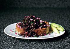 Slow-cooked Black Bean Ragout - The Happy Foodie