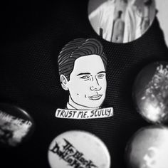 Foxy. #xfiles #foxmulder #mulder #danascully #scully #alien #aliens #pin #enamelpin #sciencefiction #scifi #horror #tv #tvshow #badge #pins #badges #metal #bringmethehorizon #theblackdahliamurder #misfits #machinehead #amonamarth #bag #backpack #blackandwhite by ethanjoynes