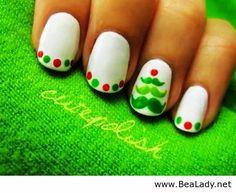 Christmas Tree Nail Art For Short Nails