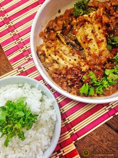 After my successful attempt to cook Ayam Kapitan (Malaysian/ Singaporean Chicken Curry) prepared by Azlin Bloor in one of her shows, I. Tomato Curry, Cod Recipes, Pinoy, Fish And Seafood, Risotto, Entrees, Salmon, Dining, Chicken Curry