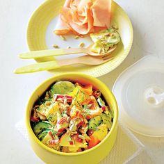 Apfel-Paprika-Salat mit Räucherpute - BRIGITTE
