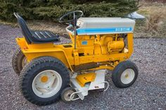 Nice Work Small Tractors, Old Tractors, International Tractors, International Harvester, Antique Tractors, Vintage Tractors, Cub Cadet Tractors, Biggest Truck, Hobby Farms