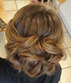 www.weddingmakeupandhairstyling.co.uk Hair  Makeup by Katy Richards