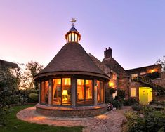 Conservatory designers' Arboreta copied this mini oast, with its tile roof, from one a client fell in love with in a magazine. The bespoke conservatory frame was handmade in Wales from green oak and cost with the build on top. Amazing Architecture, Architecture Design, Oak Framed Buildings, Oak Frame House, My Ideal Home, House Extensions, Stone Houses, Modern Exterior, Classic House
