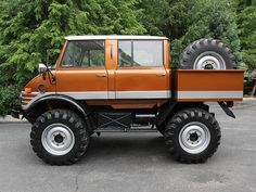 "Unimog Doka (Dokas have faster axles for highway use) ~ Mik's Pics ""Unimog by Mercedes Benz"" board"