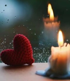 Uploaded by Find images and videos about lights and candle on We Heart It - the app to get lost in what you love. Heart Wallpaper, Love Wallpaper, Wallpaper Backgrounds, Candle Lanterns, Candles, Animated Love Images, I Love Rain, Miniature Photography, Love Is Everything