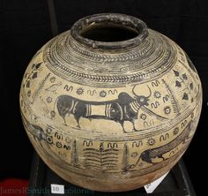 Indus Valley Culture Pottery with water buffalo design. Ancient Indian History, Ancient Egyptian Art, Ancient Aliens, European History, Ancient Greece, American History, Bronze Age Civilization, Indus Valley Civilization, Harappan