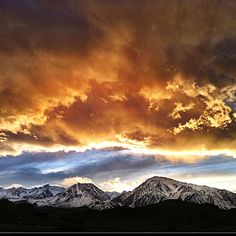 Tonight's sky.  Bishop, California.  One of the most beautiful places on earth and my hometown <3