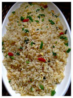 Basic Golden Fried Rice (黄金炒饭)