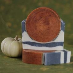 Harvest Moon Pumpkin Pear Soap...a two step soap with stunning results