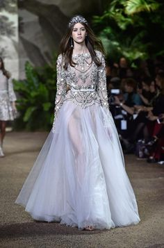 The Wedding Scoop's favorite wedding looks from Haute Couture Week // Elie Saab Spring 2016 Collection