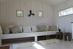 Summer Cabins, Bungalow, Basement Renovations, Built Ins, Girl Room, Guest Room, Beach House, New Homes, Cottage