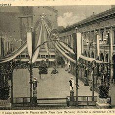 Palco per il ballo popolare in Piazza della Pace (ora Galvani) durante il carnevale del 1876. (foto di Biblioteca comunale Archiginnasio)