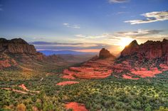 Sedona, AZ - pictures can not capture the beauty.