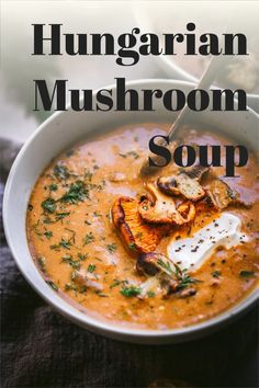This Hungarian Mushroom Soup with Fresh Dill is rich, with hints of smokiness and a great umami flavor. It's the perfect bowl of soup to warm up with this season! Most Pinned Recipes, Most Popular Recipes, New Recipes, Vegan Recipes, Snack Recipes, Hungarian Mushroom Soup, Good Food, Yummy Food, Fresh Dill