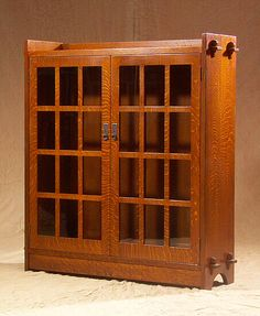 Stickley bookcase.  I tried to make one of these once, it turned out okay, but nowhere near as nice as this.