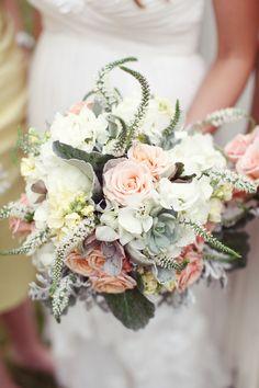 our wedding: bridal bouquet